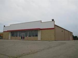 Commercial for Sale at 701 Main St. Paris, Ohio 43072 United States