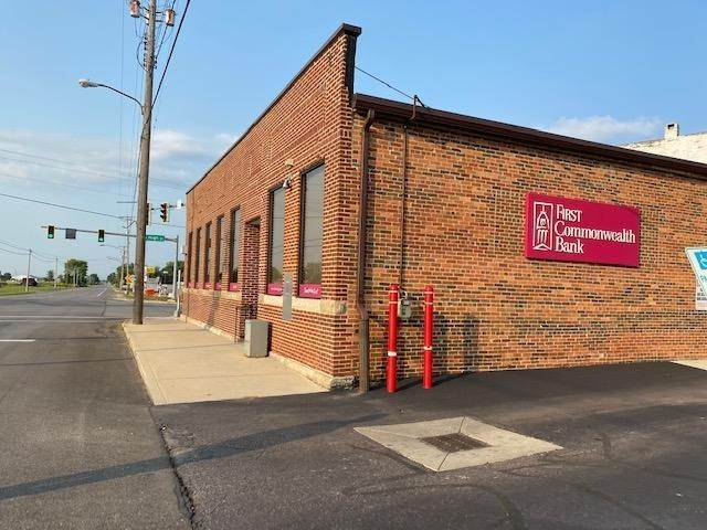 Commercial for Sale at 2 High Ashley, Ohio 43003 United States