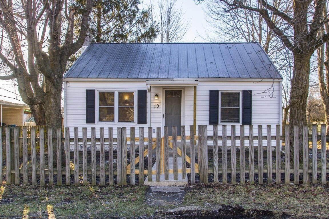 Single Family Homes for Sale at 10 Williams Ashley, Ohio 43003 United States