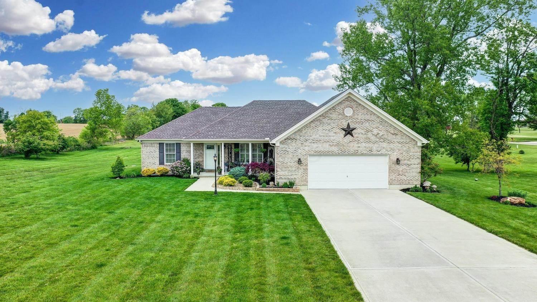 Single Family Homes for Sale at 460 Horseshoe Baltimore, Ohio 43105 United States