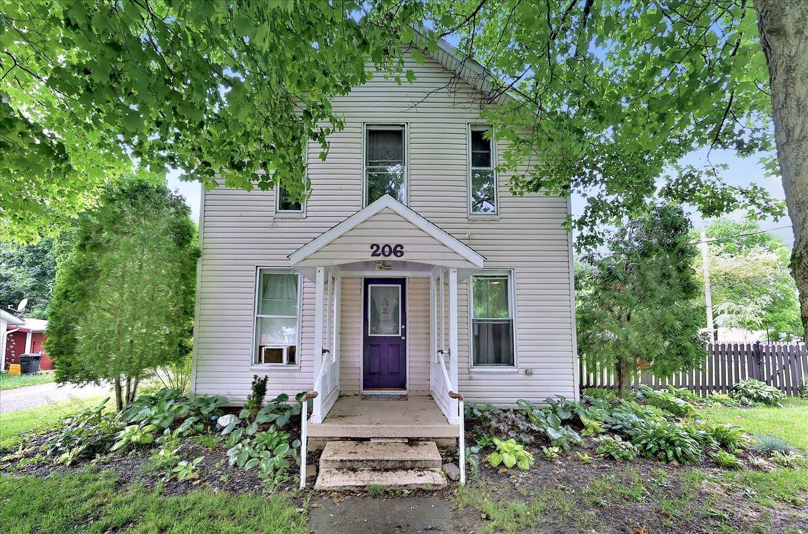 Single Family Homes for Sale at 206 South Ashley, Ohio 43003 United States