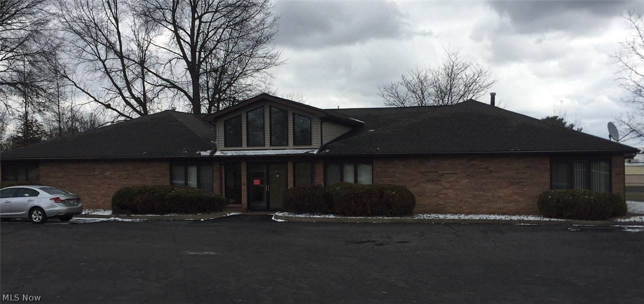 Offices at 4097 Youngstown Road SE 4097 Youngstown Road SE Warren, Ohio 44484 United States