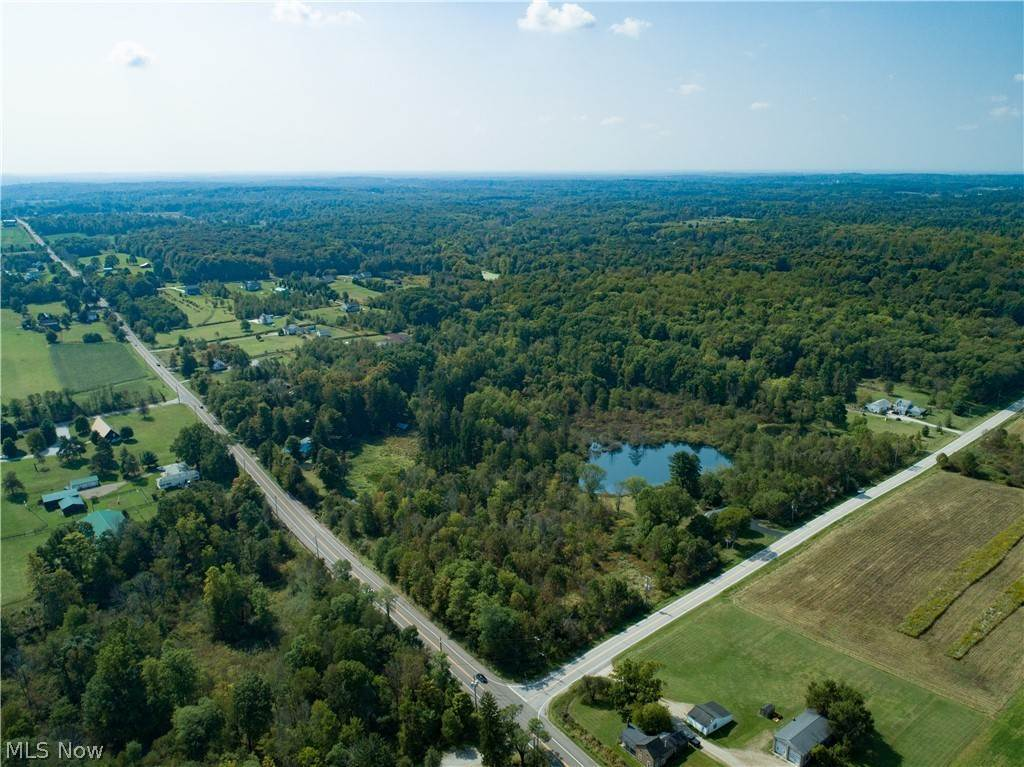Residential for Sale at 11905 Bell Road Newbury, Ohio 44065 United States