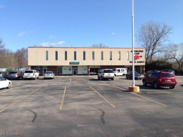 Offices for Sale at 2633 State Route 59 2633 State Route 59 Ravenna, Ohio 44266 United States