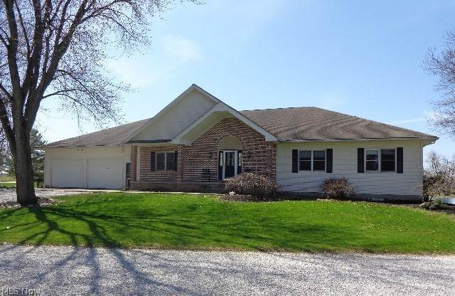 Single Family Homes for Sale at 8894 Akron Road Marshallville, Ohio 44645 United States