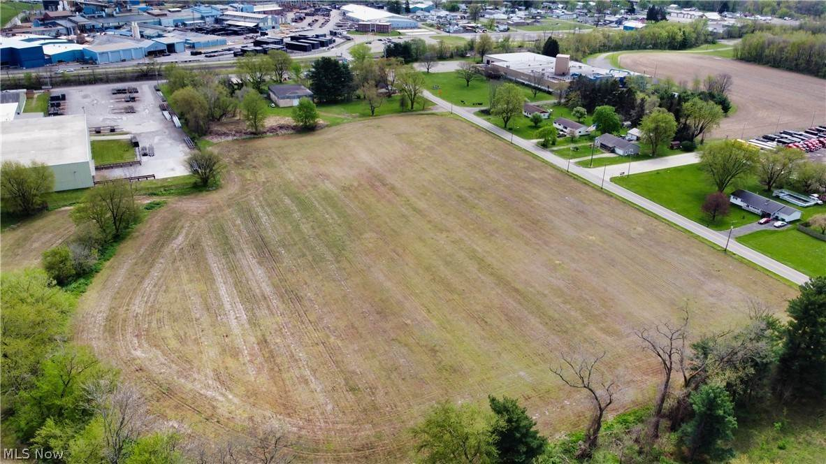 Industrial for Sale at 370 Clow Lane Coshocton, Ohio 43812 United States