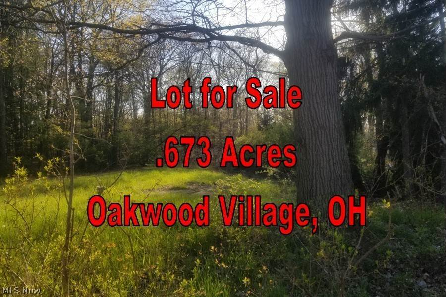 Residential for Sale at 7222 Grove Avenue 7222 Grove Avenue Oakwood Village, Ohio 44146 United States