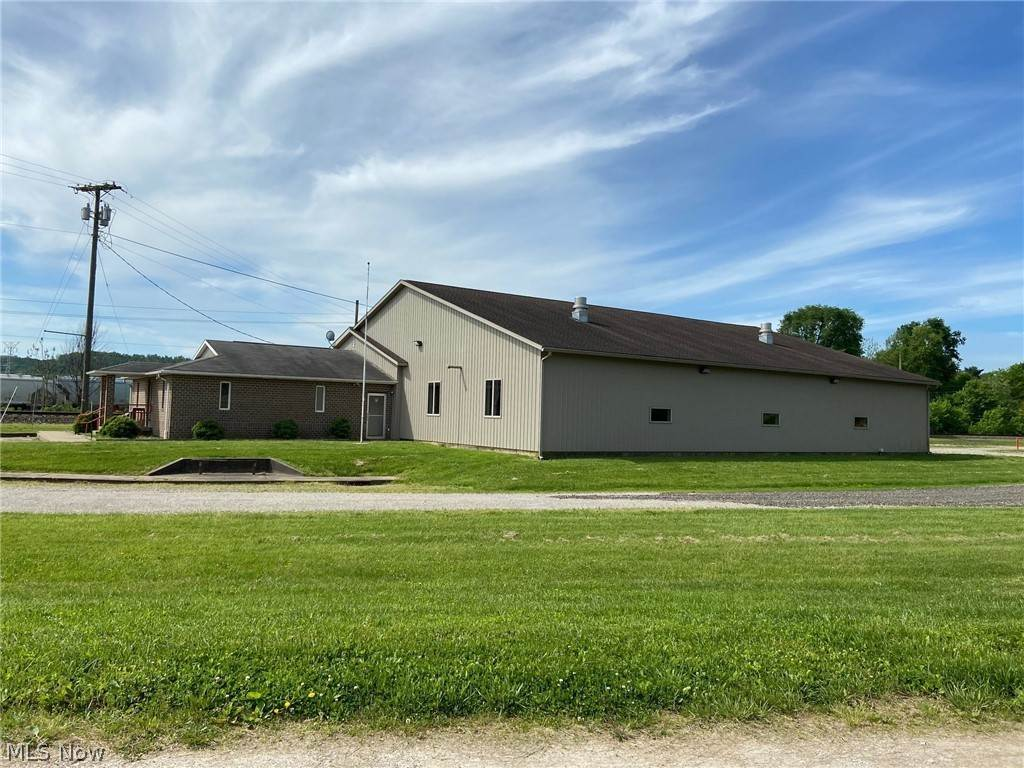 Single Family Homes at 6206 State Route 36 SW Newcomerstown, Ohio 43832 United States
