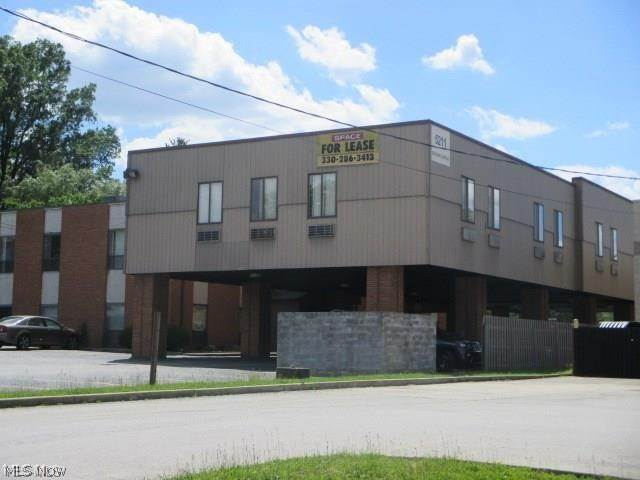 Business at 5211 Mahoning Avenue 5211 Mahoning Avenue Youngstown, Ohio 44515 United States