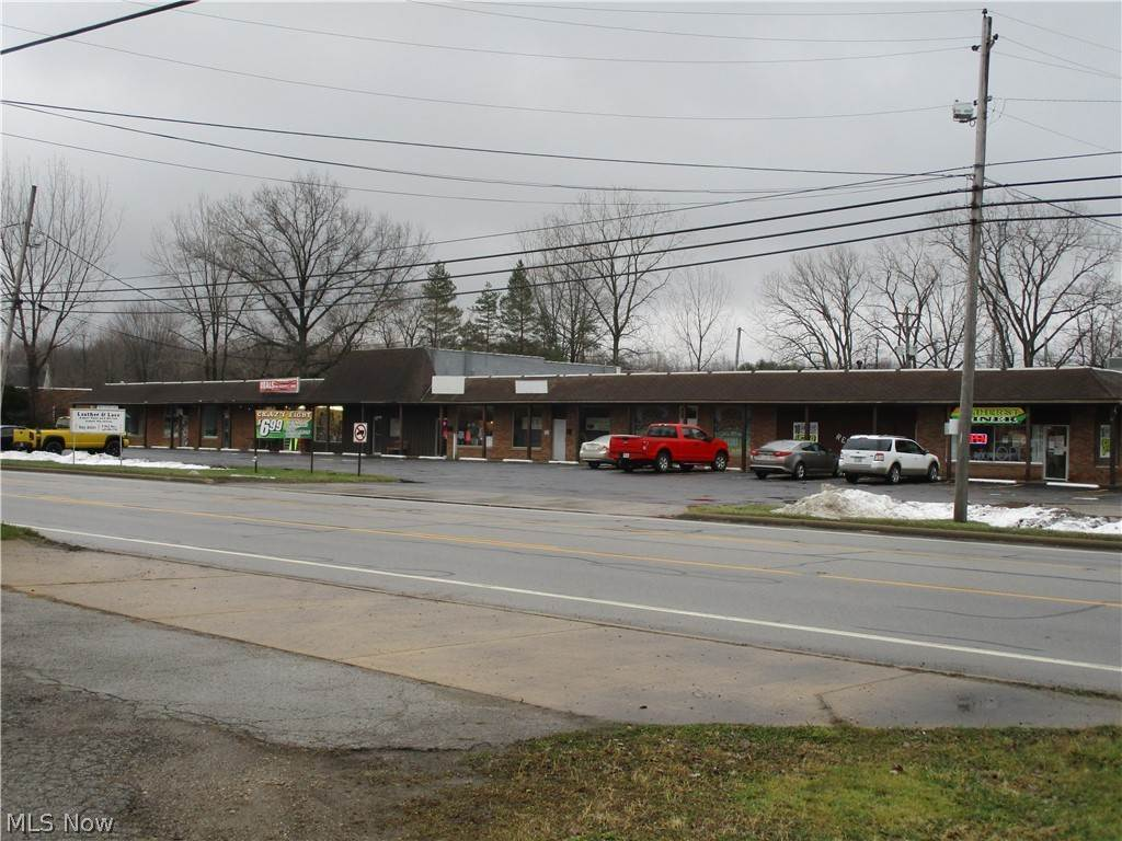 Retail for Sale at 46307 Telegraph Road Amherst, Ohio 44001 United States