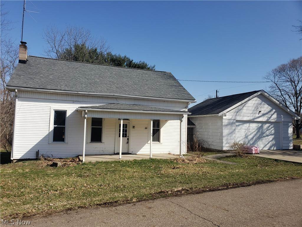 Single Family Homes por un Venta en 26 Carrollton Street Dellroy, Ohio 44620 Estados Unidos