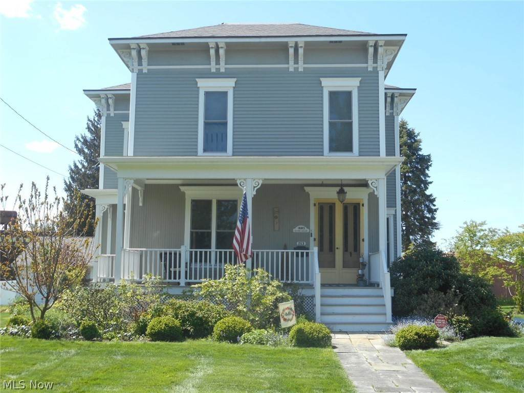 Single Family Homes for Sale at 263 N High Street Cortland, Ohio 44410 United States