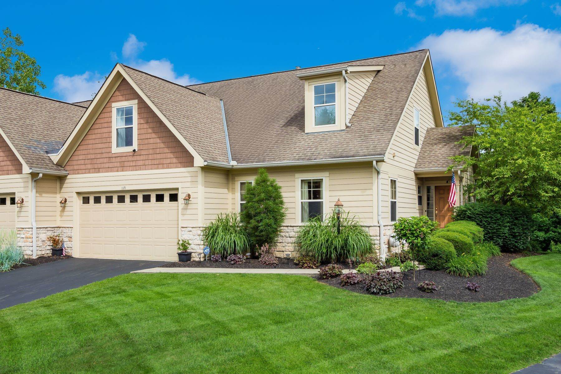 Condominiums for Sale at 1171 Cross Creeks Ridge Pickerington, Ohio 43147 United States